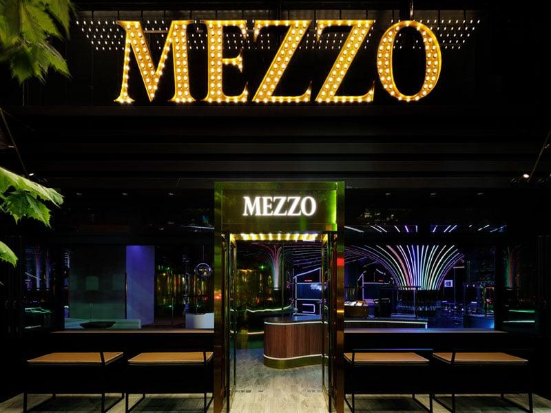 MEZZO (メゾ) 会場写真 - 1